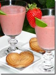 Milk shake fraise basilic