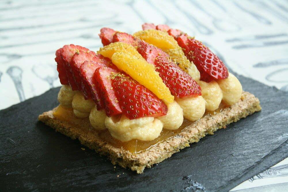 dacquoise pistache creme amande fraise